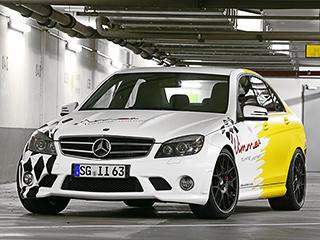 Mercedes c,Mercedes c amg. Наобеих осях установлены легкосплавные диски BBS CH-R. Наних— покрышки Dunlop размерностью 235/35 R19на передней оси и265/35 R19на задней.
