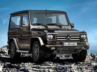 Mercedes g. Ценность спецсерии нетолько вопциях ивнешнем виде. Главное, что это последние трёхдверные Гелендвагены. Прощальной версией немцы отмечают снятие спроизводства этого автомобиля, которое состоится через несколько лет.