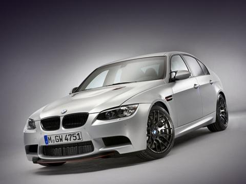 Bmw m3,Bmw crt. Отметку «100» на спидометре седан BMW M3 CRT покоряет спустя 4,4 с после старта, а его максимальная скорость равна 290 км/ч. Аналогичная исходная модель способна на 4,7 с и 250 км/ч.