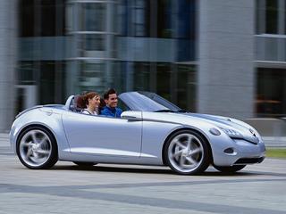 Mercedes sla. Никаких изображений новинки пока нет. Иллюстрировать можно только концептом Mercedes SLA, однако серийный вариант родстера будет далёк отнего. Как-никак кмоменту старта серийного производства шоу-кару стукнет уже 13лет.