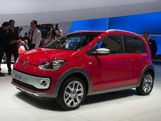 Volkswagen up. Внешне пятидверка Volkswagenup! будет практически такойже, как итрёхдверный хэтчбек. Большее количество створок, атакже иная задняя стойка— вот ивсе изменения.
