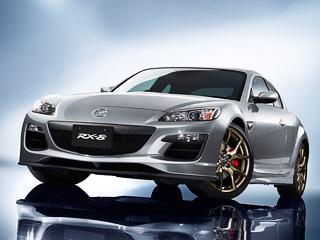 Mazda rx-8. Помещение завода вХиросиме, встенах которого модель выпускается с2003года, последние праворульные Мазды RX-8 покинут виюне 2012года. Доэтого момента, помимо спецверсии SpiritR, купе будут выпускать только висполнении Type Gсшестиступенчатым «автоматом».