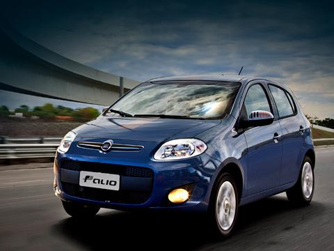 Fiat palio. Заводская гарантия нановый Fiat Palio составляет один год без ограничения пробега. Техническое обслуживание нужно проводить один раз вгод или каждые 15тысяч километров.