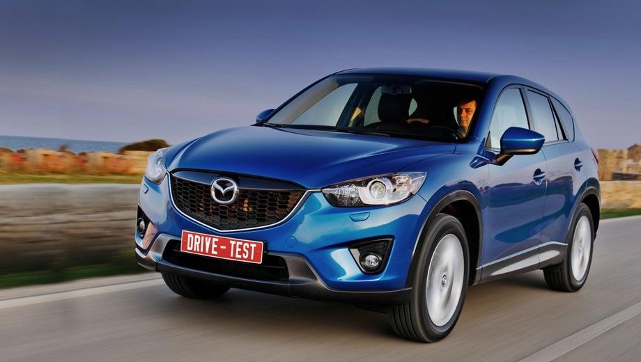Mazda cx-5. Продажи CX-5 начались именно с России — сразу с передним и полным приводом, «механикой» или «автоматом». Но двигатель пока один — 150-сильная бензиновая «четвёрка» 2.0. Заказы принимаются, первый владелец получит машину в феврале 2012 года.