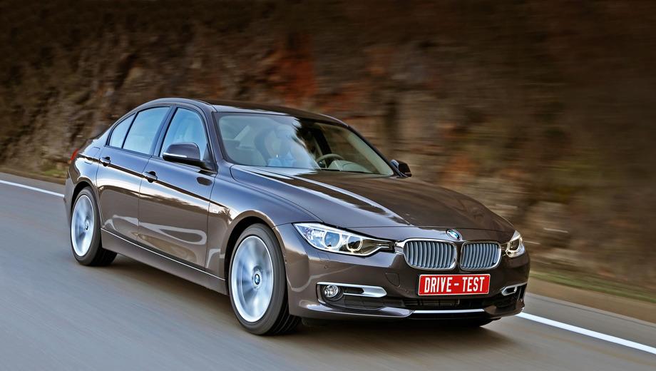 Bmw 3,Bmw 3_dt2012. Немцы называют «трёшку» городским автомобилем, противопоставляя «пятёрке», созданной для больших пробегов. В 2010 году на долю третьей серии пришлось 32,6% всех продаж BMW. Несмотря на сильные позиции в Европе, для седана и для «трёшки» в целом США остаются главным рынком.