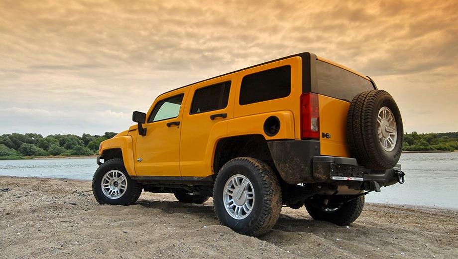Hummer h3. Мотор Hummer H3 прибавил 200 миллилитров объёма и 22 лошадиные силы. На революцию это не тянет, но эффект всё же есть.