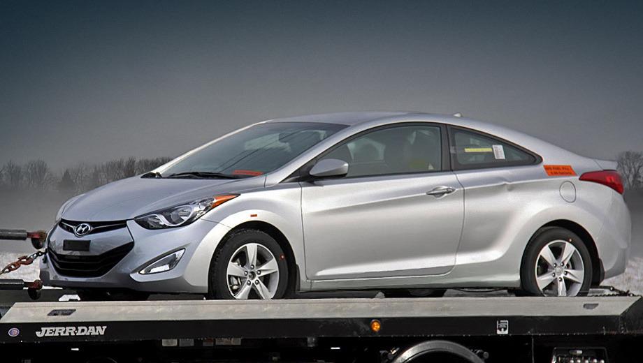 Hyundai elantra,Hyundai elantra coupe. Корейцы рассчитывают на то, что на двухдверку будет приходиться 20% от общих продаж модели Hyundai Elantra.