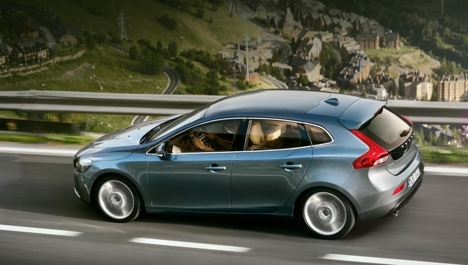 Volvo v40. По предварительным данным, цены на новинку в Англии будут начинаться с отметки в 19 тысяч фунтов стерлингов.