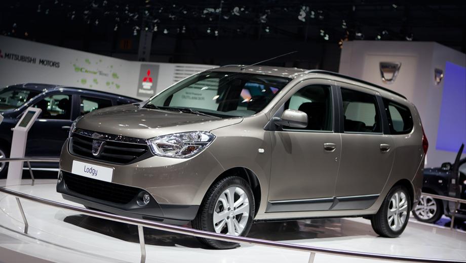 Dacia lodgy. Французы уверены в надёжности компактвэна Dacia Lodgy — перед запуском в производство предсерийные прототипы накатали по различным дорогам 1,9 млн км.