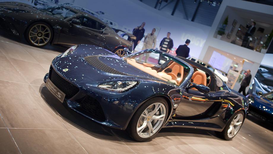 Lotus exige,Lotus exige s. Никогда ранее в линейке модификаций Эксиджа машин со съёмной тканевой крышей не было.