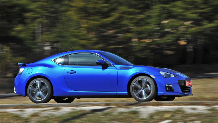 Subaru brz. Цен на BRZ пока нет, но японцы обещают удержать их в пределах 1,6 млн рублей. «Живые» машины появятся к июлю. Пока в портфолио Subaru — только BRZ с «механикой». «Автомат» предложат по мере возникновения спроса.