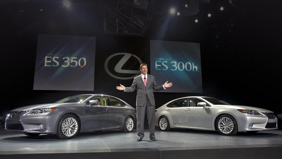 Lexus es. По сравнению с предшественником новый седан на 25 мм длиннее (4900 мм). Ширина и высота остались прежними. Решётка радиатора такая же, как у четырёхдверки Lexus GS и у рестайлингового кроссовера RX.