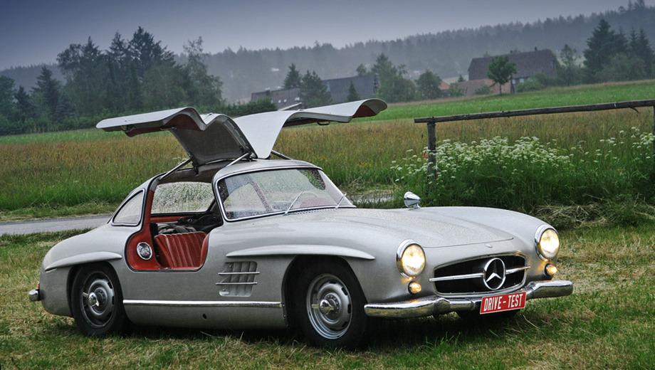 Mercedes 300 sl,Mercedes sl. Безоговорочно культовый автомобильный силуэт. На Gullwing с открытыми дверями можно смотреть часами. Даже стоя под дождём.
