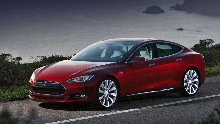 Tesla model s. Tesla Motors очень рассчитывает на Model S, ведь сейчас компания терпит многомиллионные убытки. К счастью, на пятидверку уже собрано более 10 тысяч заказов, притом что до конца нынешнего года американцы успеют изготовить лишь пять тысяч этих машин.