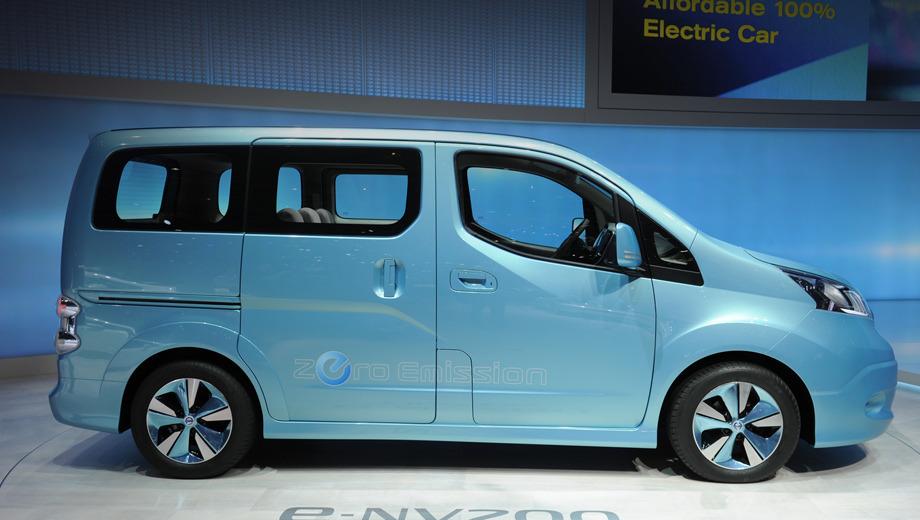 Nissan nv200,Nissan e-nv200. Всего два месяца назад, в Женеве, фургон e-NV200 числился концептом.