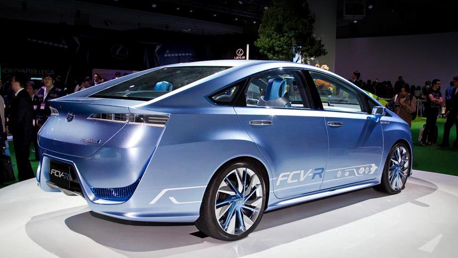 Toyota fcv-r. Четырёхместный концепт Toyota FCV-R способен пройти на одной заправке 700 километров.