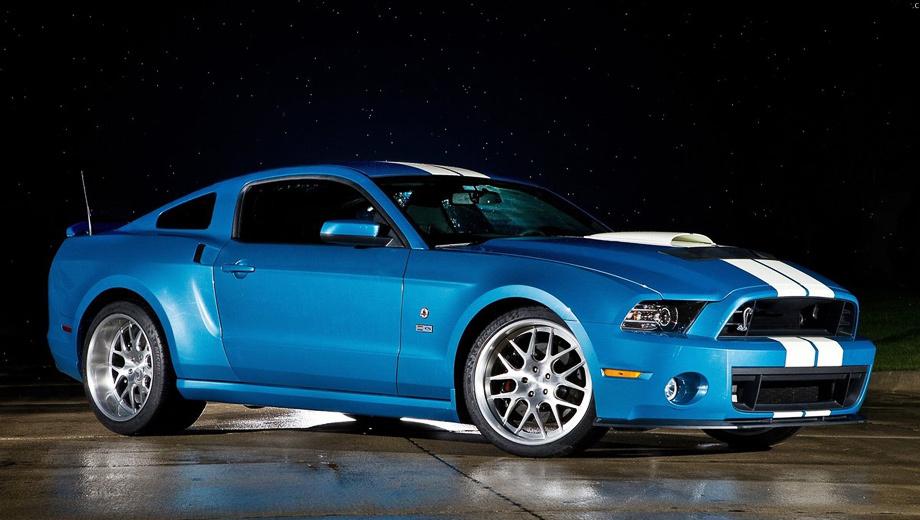 Ford mustang,Ford mustang shelby gt500. Дебют купе Mustang Shelby GT500 Cobra состоялся на гоночном мероприятии Rolex Monterey Motorsports Reunion. Кстати, в этом году исполняется 50 лет с момента дебюта оригинальной двухдверки Shelby Cobra.