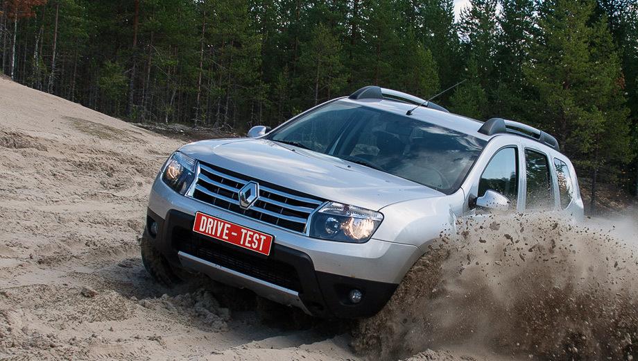 Renault duster. Продажи Дастеров в России начались в марте 2012 года, и к этому моменту уже реализовано 17 940 пятидверок. Могло быть и больше, но московский завод пока не успевает за спросом. Очередь на Duster растянулась до года.