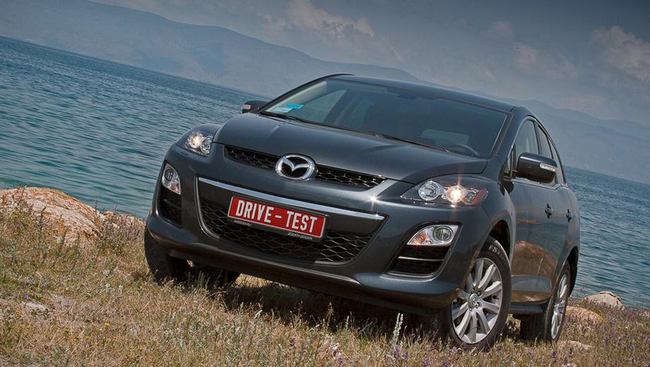 Mazda cx-7. В России Mazda CX-7 пережила более чем двукратный скачок по продажам. В 2011 году было реализовано 9488 машин. Результат получен благодаря выводу на рынок переднеприводной версии с мотором 2.5.