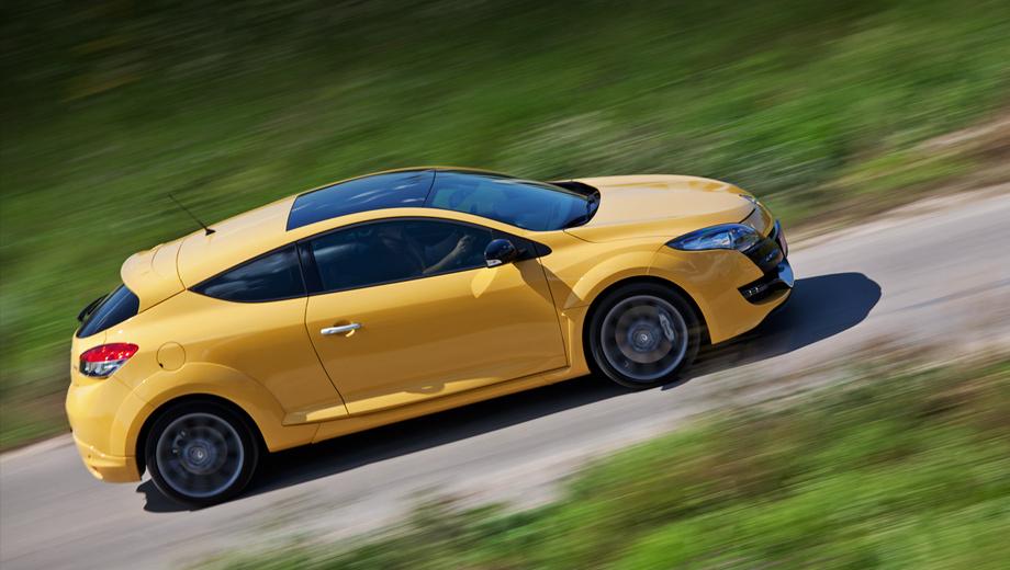 Renault megane rs. Трёхдверка Renault Megane RS — лучшее предложение в классе. Начальная цена — 1 140 000 рублей. Такого мощного, столь быстрого автомобиля с настолько богатым базовым оснащением на нашем рынке попросту нет. А наиболее дорогой Megane RS обойдётся в 1 314 000.