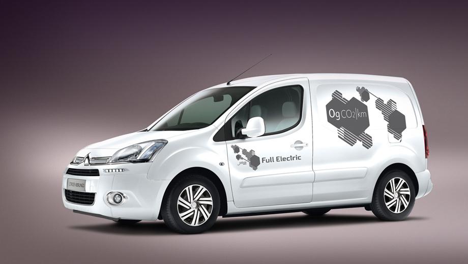 Citroen berlingo. Так же как и в случае с Peugeot, ситроеновцы сделали электрическую версию уже обновлённой модели Berlingo.