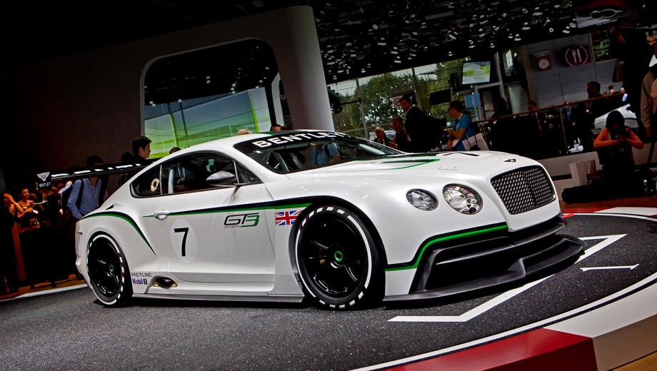 Bentley continental gt,Bentley continental gt3. Внешне гоночный Continental выделяется специальным аэродинамическим обвесом, карбоновыми передним сплиттером и диффузором, расширенными колёсными арками, прорезями в капоте, выведенным вбок выхлопом и огромным задним антикрылом.