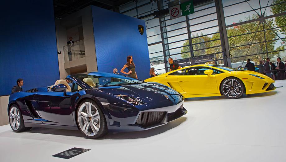 Lamborghini gallardo,Lamborghini aventador. Обновлённые Lamborghini Gallardo поступят на основные рынки в ноябре 2012 года. В гамме — стандартные версии купе и родстера, облегчённая Superleggera, заднеприводные модификации LP550-2.