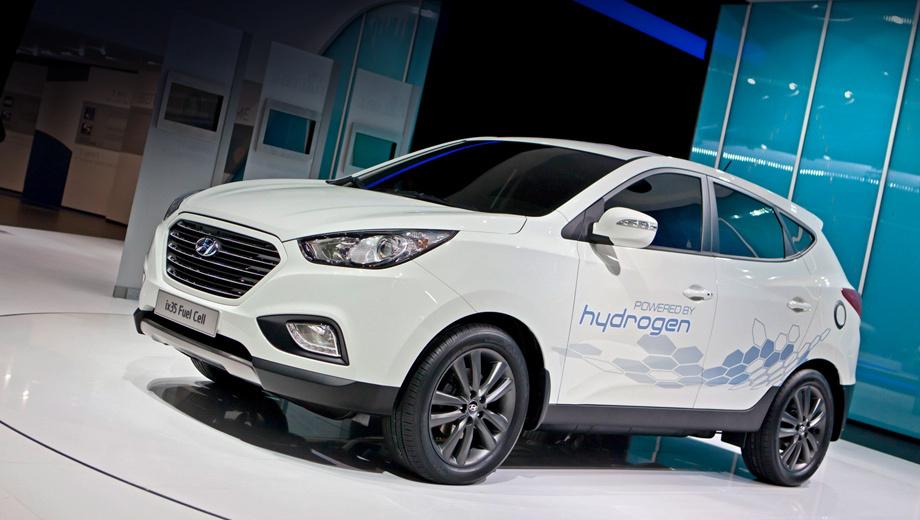 Hyundai ix35,Hyundai ix35 fuel cell. Спурт с места до сотни водородный аппарат выполняет за 12,5 секунды, а максимальная скорость его равна 161 км/ч.