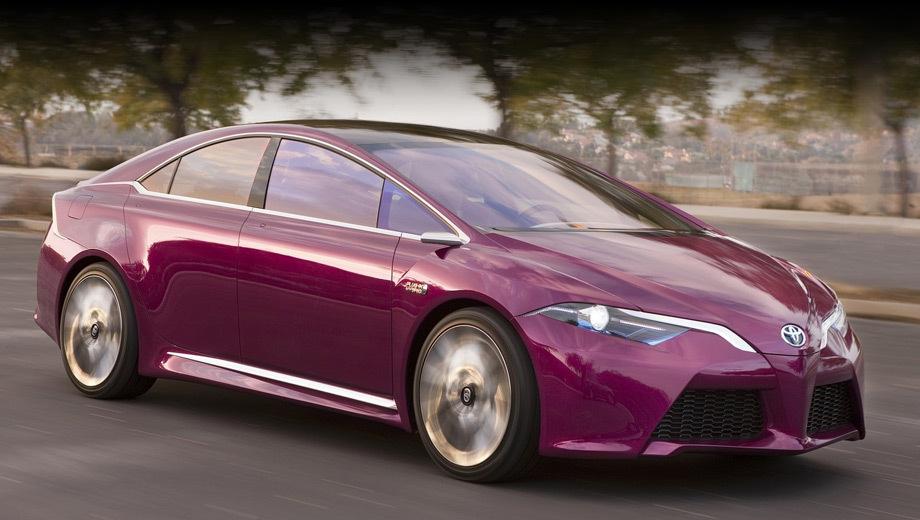 Toyota prius. Недавний концепт Toyota NS4 представители компании называли прообразом будущих гибридов как в плане стиля, так и техники. Из особенностей шоу-кара отметим уменьшенные размер и вес электрических компонентов, очень развитую мультимедиа-систему и широкий набор электронных средств безопасности.