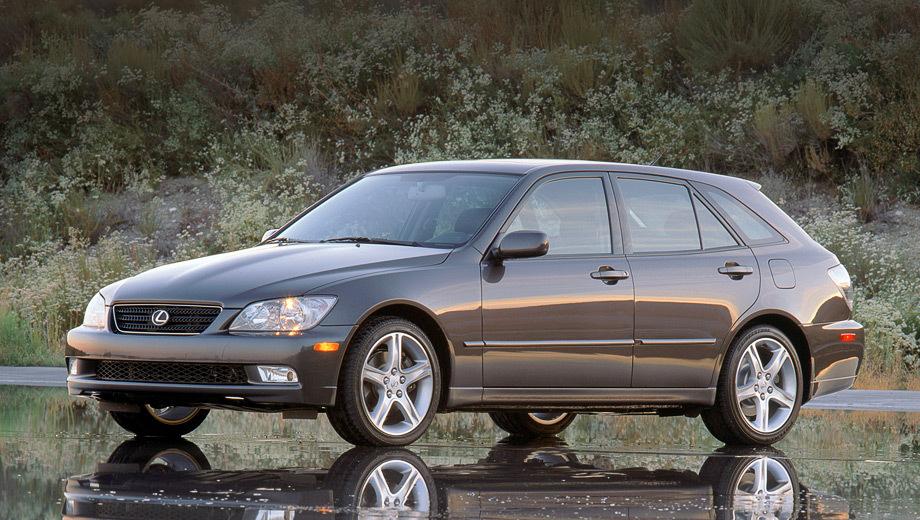 Lexus is. «Сарай» Lexus IS SportCross выпускался с 1998 по 2005 год.