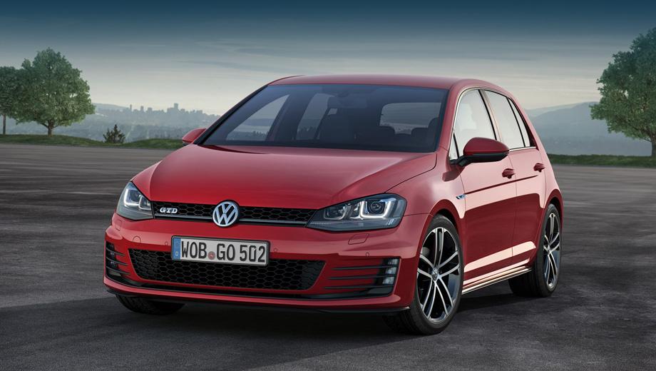 Volkswagen golf,Volkswagen golf gtd. От обычных Гольфов версия GTD отличается не только шильдиком, но и изменённым передним бампером (как у будущей модификации GTI), увеличенным спойлером на пятой двери, диффузором, хромированной выхлопной трубой и стандартными 17-дюймовыми легкосплавными колёсами с покрышками размерностью 225/45 R17, а также спортивной подвеской.