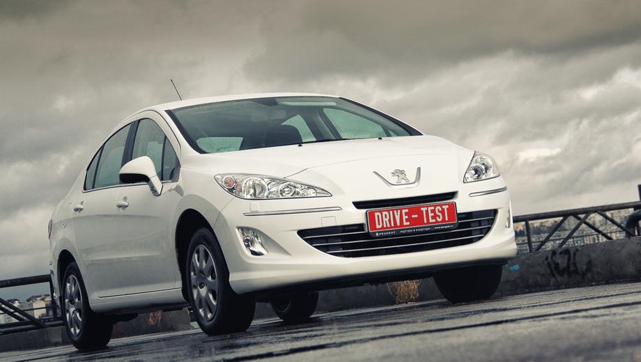 Peugeot 408. На момент дебюта Peugeot 408 российские маркетологи пророчили дизельным версиям максимум 10% от общего сбыта, но уже сейчас спрос на подобные машины превышает 15-процентный рубеж.
