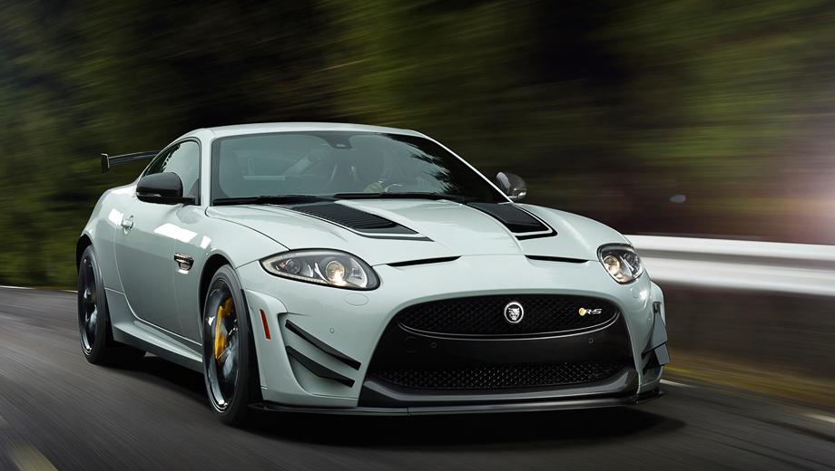 Jaguar xk,Jaguar xkr-s. Кузова купе Jaguar XKR-S GT будут красить только в белый цвет в сочетании с чёрными полосками. Продажи в США начнутся в этом году.