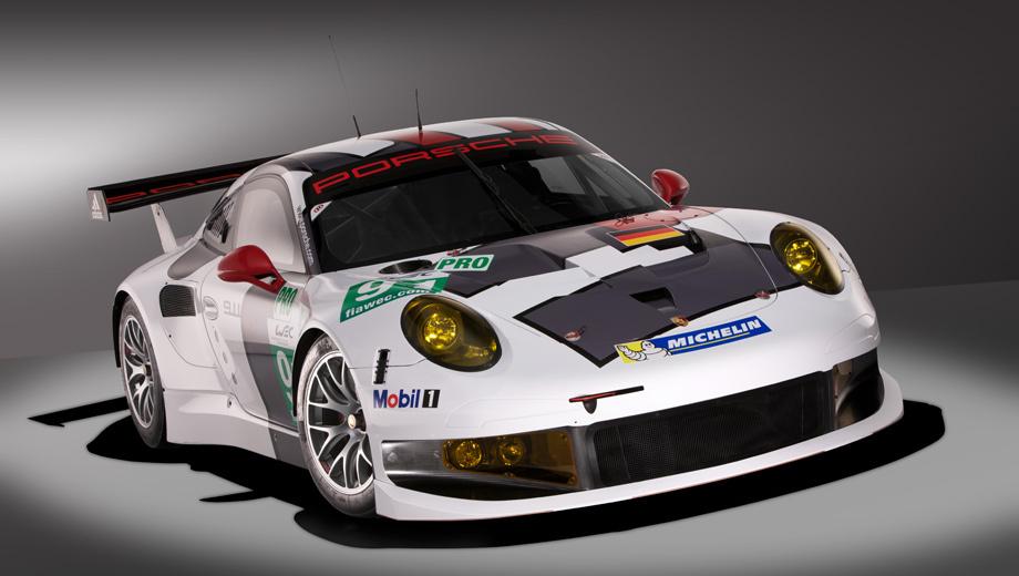 Porsche 911 rsr,Porsche 911. Модель 2013 года среди прочего выделяет крупный воздухозаборник, обеспечивающий солидный поток воздуха к радиатору. Немцы рапортуют о существенном улучшении охлаждения мотора, а заодно об улучшении системы кондиционирования кабины пилота.
