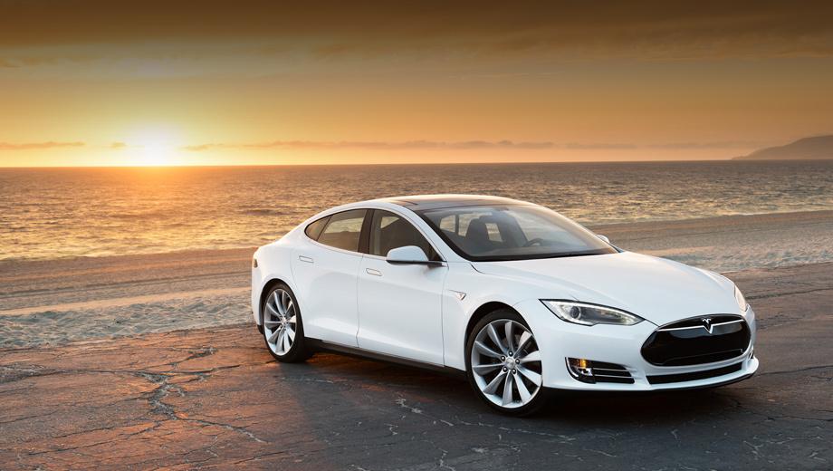 Tesla model s. Некоторое время назад компания Tesla Motors испытывала немалые финансовые затруднения, так что рыночный успех Model S — вопрос выживания.