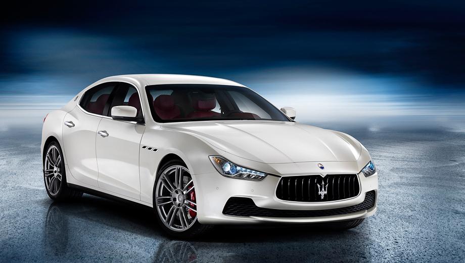 Maserati ghibli. Во взгляде Ghibli, пожалуй, даже больше агрессии, чем у купе Gran Turismo. Ожидается, что автомобиль будет конкурировать с седанами BMW 5 и Audi A6, а ценник на него будет меньше 60 000 евро.