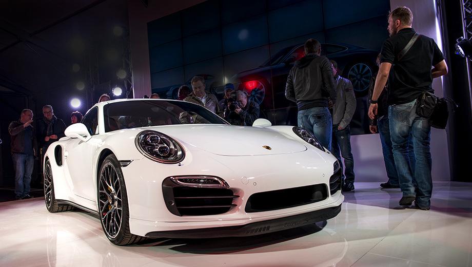 Porsche 911,Porsche 911 turbo. Говоря о времени круга на Северной петле Нюрбургринга, немцы ограничиваются скромным «менее 7:30».