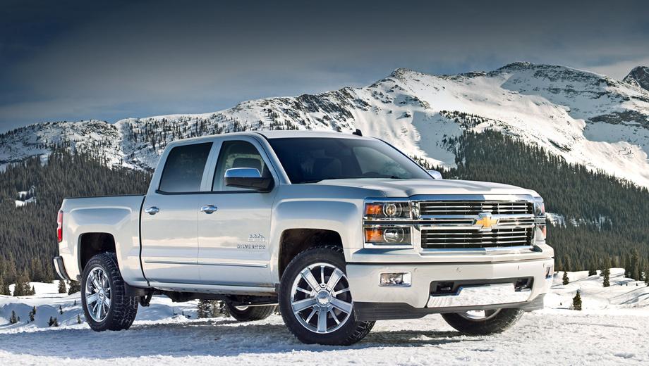 Chevrolet silverado. На выбор покупателей два мотора: V8 6.2 и V8 5.3. Версия с «шестёркой» под капотом недоступна в топовом исполнении High Country.