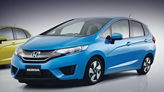 Honda jazz,Honda fit. Несмотря на то что изображения пока есть только плохого качества, на них прекрасно видно, что внешне модель преобразится очень заметно.