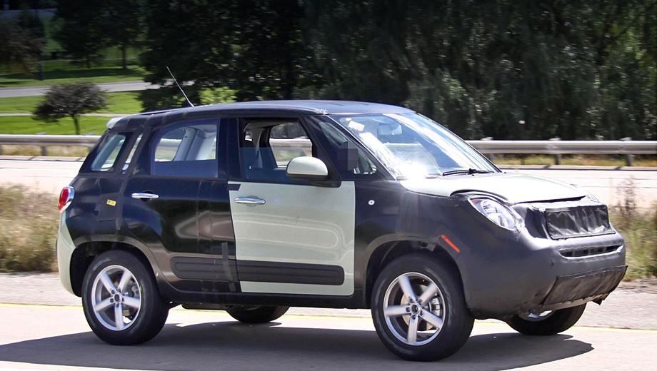 Fiat 500x. В качестве агрегатоносителя выступила модель 500L, что закономерно: её платформу и получат два новичка. Но кузова у них будут оригинальные.