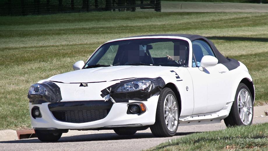 Alfaromeo spider,Mazda mx-5. Родстер нынешнего поколения в данном случае предоставил только кузов. Под старой «кожей» скрывается автомобиль новой генерации.