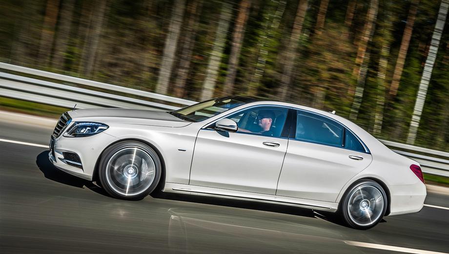 Mercedes s. Цены на длиннобазный «пятисотый» начинаются от 4 990 000 рублей. Традиционно более востребованный полноприводный S 500 L 4Matic обойдётся минимум в 5,2 млн, он на 100 тысяч дороже предшественника.