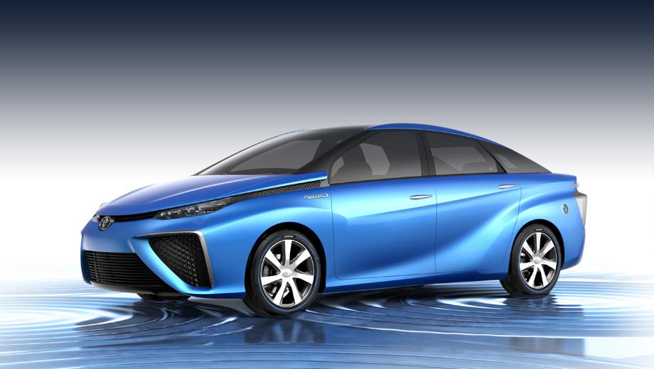 Toyota fcv,Toyota fv2,Toyota jpn taxi,Toyota voxy,Toyota noah,Toyota mirai. Концепт FCV вмещает четверых. Сохранится ли в серии такая компоновка салона, неясно. Длина концепта равна 4870 мм, ширина — 1810, высота — 1535, а колёсная база — 2780 мм.