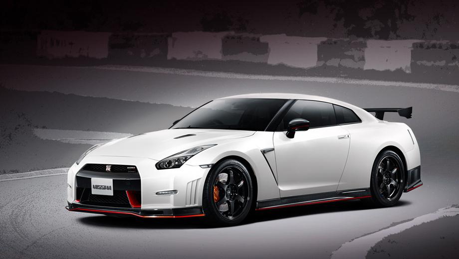 Nissan gt-r. Для купе Nissan GT-R Nismo доступен также и пакет усовершенствований Track Package. Именно такой автомобиль под управлением Михаэля Крумма в сентябре этого года смог проехать Северную петлю Нюрбургринга за 7:08,69.