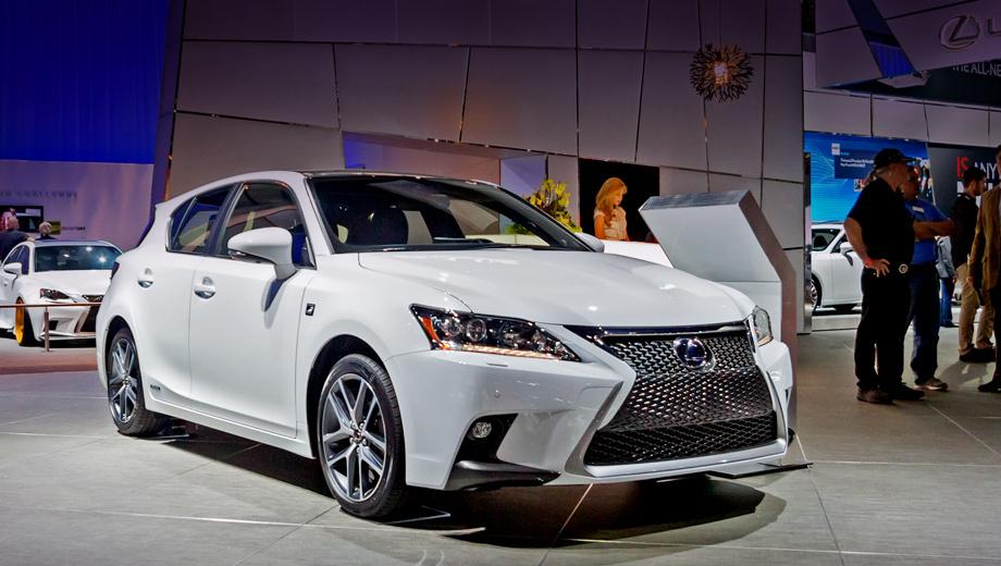 Lexus ct. Россияне получат обновлённый хэтч Lexus CT 200h весной следующего года.