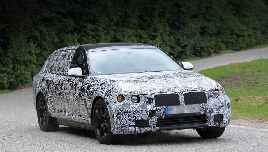 Bmw 5. Покупателям предложат полную гамму «пятёрок» BMW — седаны, универсалы и пятидверные хэтчбеки GT, которым будут доступны три типа моторов и два вида коробок передач.
