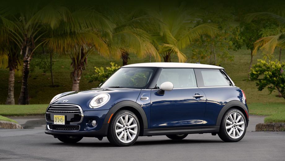 Mini one. Официальных снимков младшего варианта ещё нет, так что на этом фото — модификация Cooper.