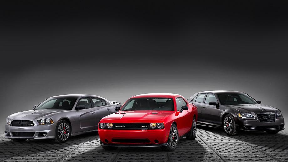 Dodge challenger,Dodge charger,Dodge viper srt-10. Все три автомобиля получили кованые 20-дюймовые колёса и тормозные механизмы Brembo, окрашенные в красный цвет.