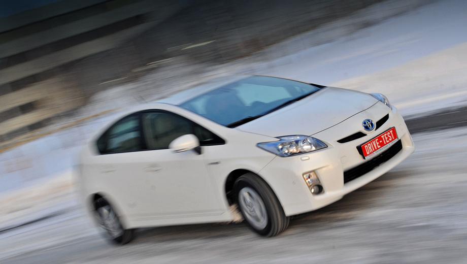 Toyota prius. Всего за пять последних лет в России было реализовано 792 Приуса. Под отзыв попало на 15 автомобилей больше, это в том числе так называемые «серые» машины.