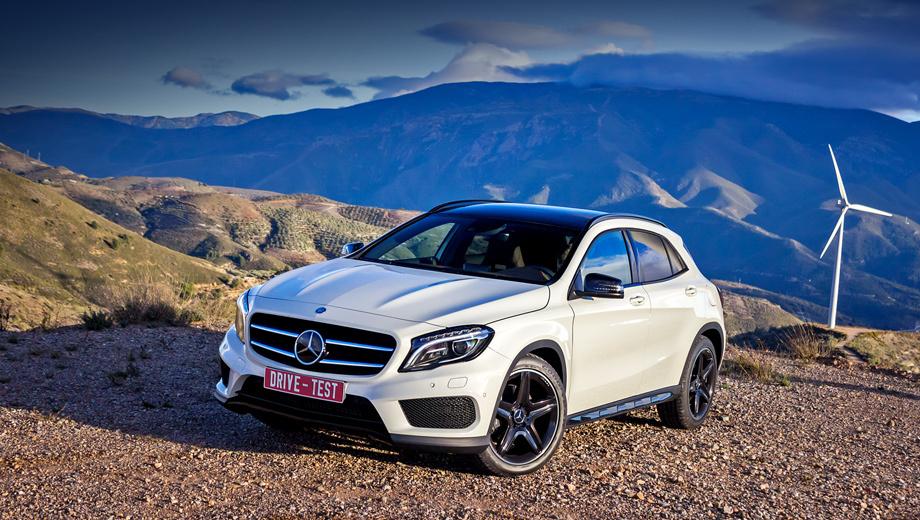 Mercedes gla. В России Mercedes GLA уже продаётся, и доступен он по умолчанию с преселективным «роботом». Версии GLA 200 и GLA 200 CDI бывают только с передним приводом, а GLA 250 — только с полным (плюс офроуд-пакет в базовом исполнении).